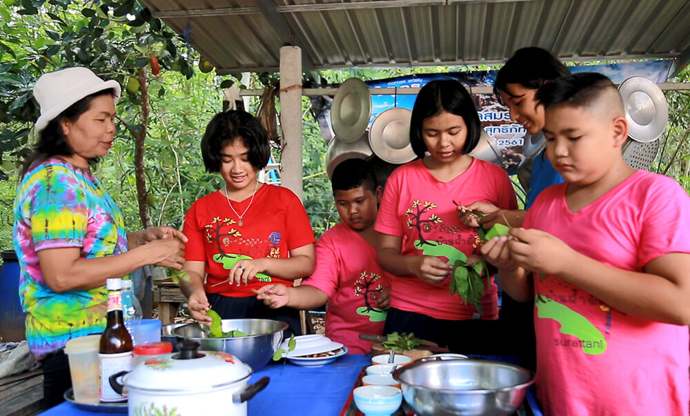 009 ช่วยกันทำเมนูอร่อยจากป่าบ้านเรา