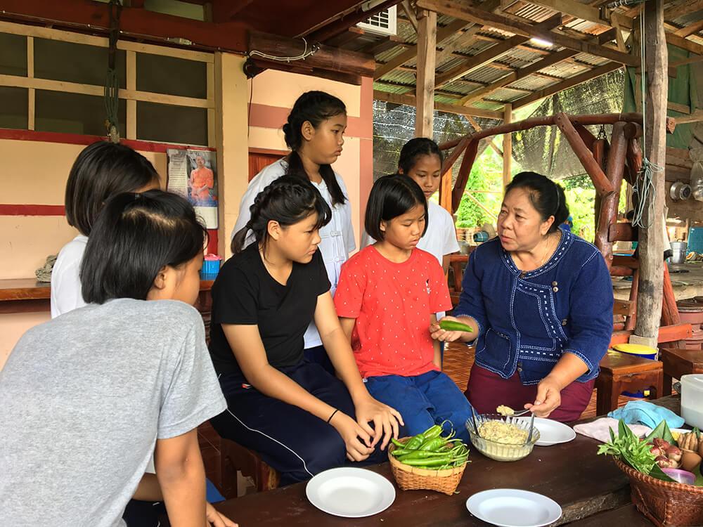 06 เรียนรู้ อั่วบักเผ็ด อาหารพื้นบ้าน