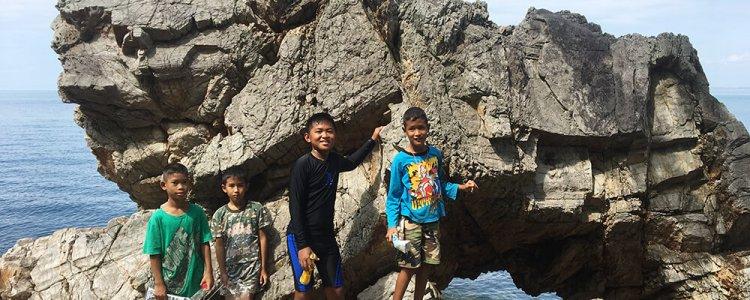 เด็กชายตะวัน ลูกทะเลเมืองจันท์ กับเรื่องราวของขยะ